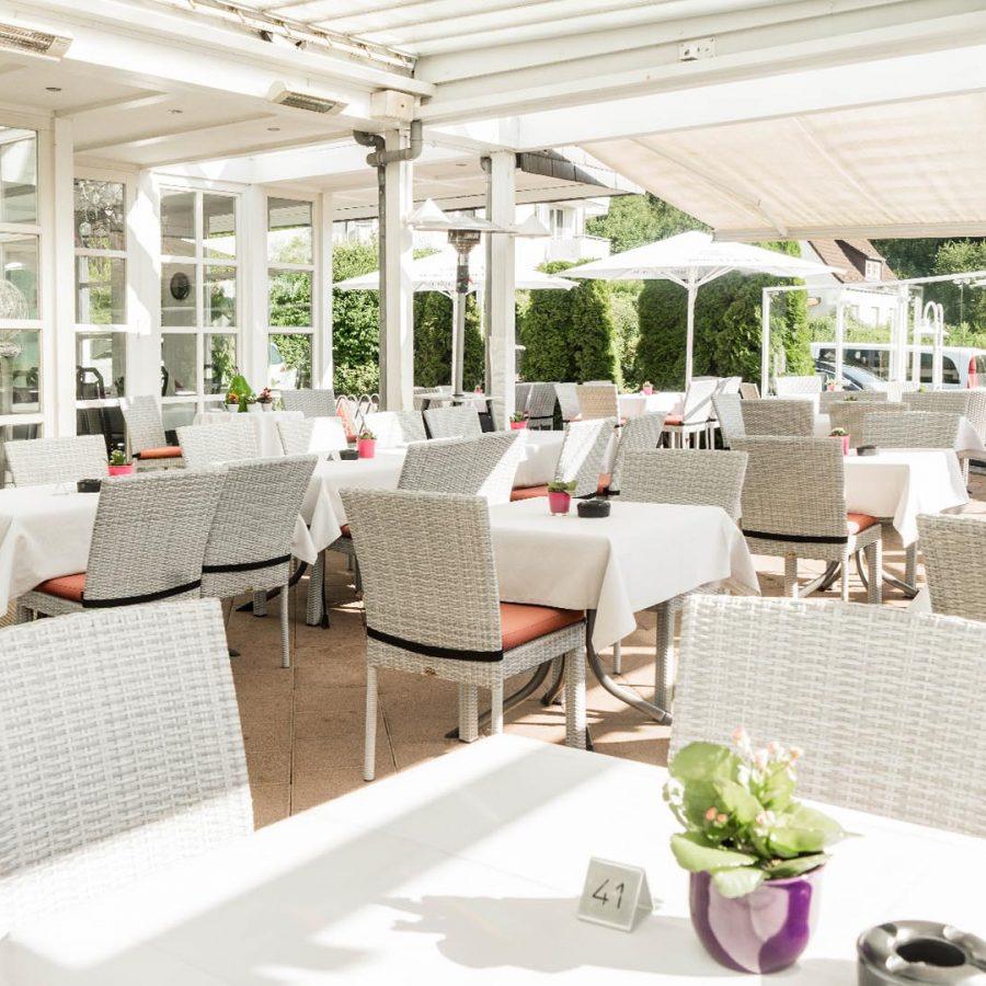 hennedamm-hotel_terrasse_3